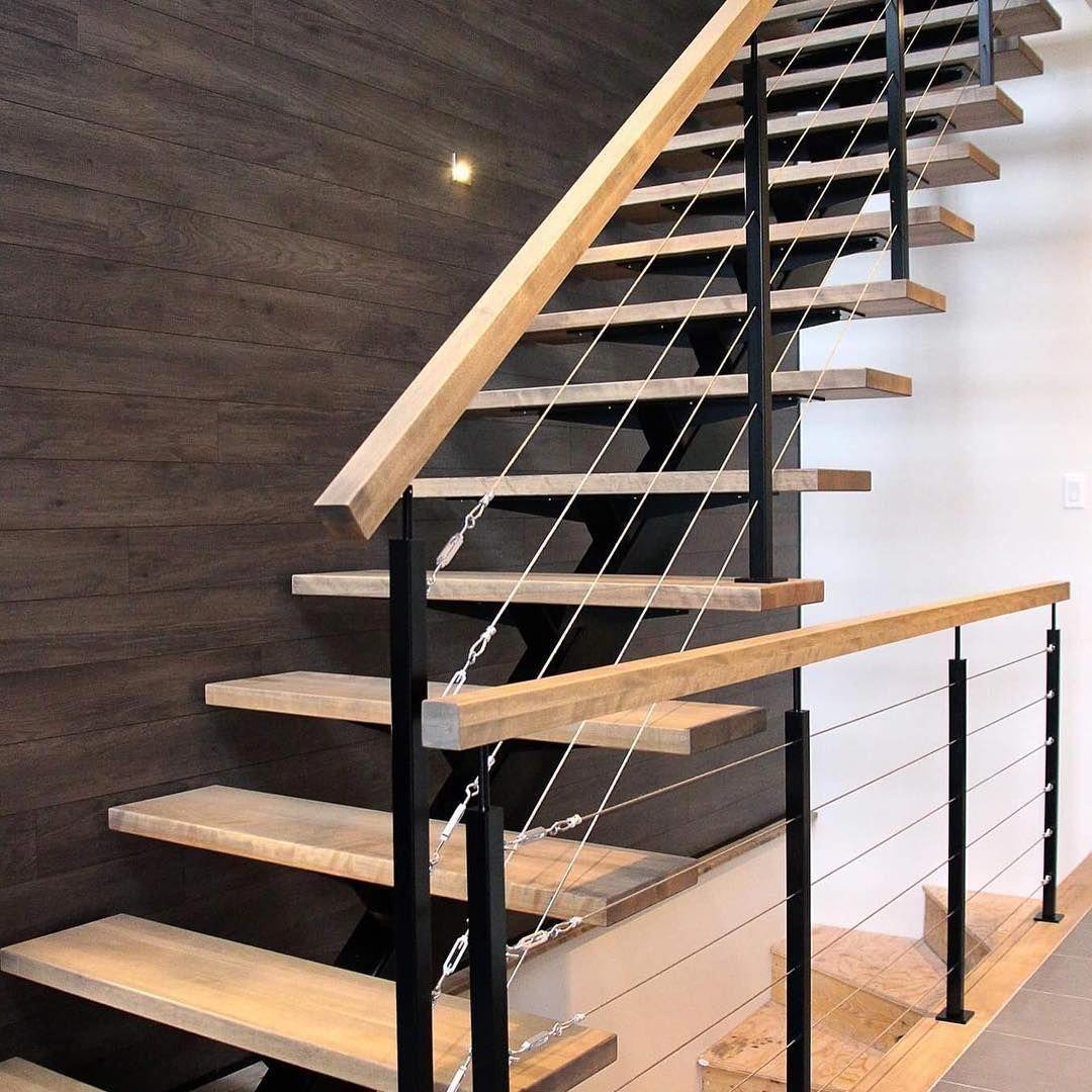 Pristine farmhouse staircase #farmhousestaircase ...