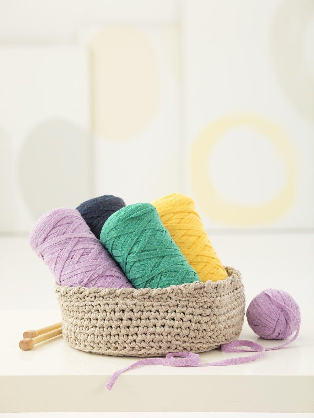 Crochet Bowl - Lion Brand Yarn | CrochetDesign | Pinterest