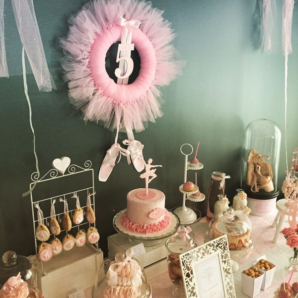 un anniversaire sur le th me danse et ballerine sweet table pinterest anniversaire. Black Bedroom Furniture Sets. Home Design Ideas