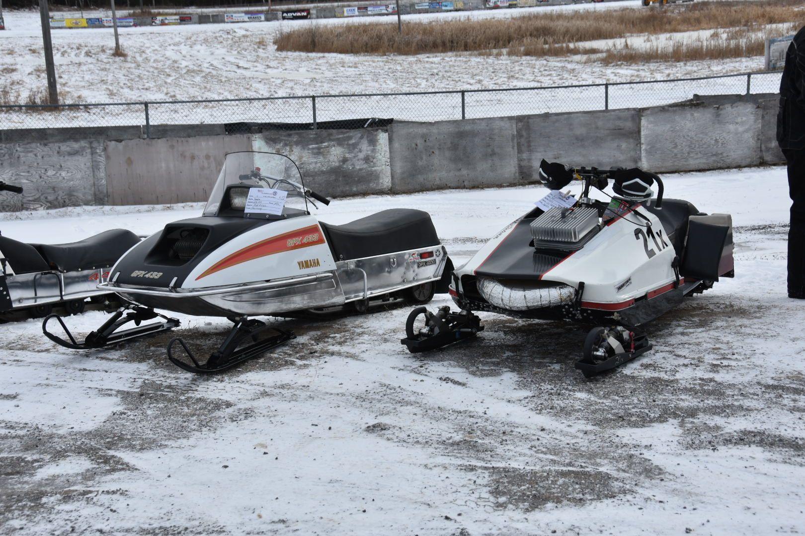 Pin By Bill Hurlin On Snowmobile Snowmobile Snow Fun Sleds