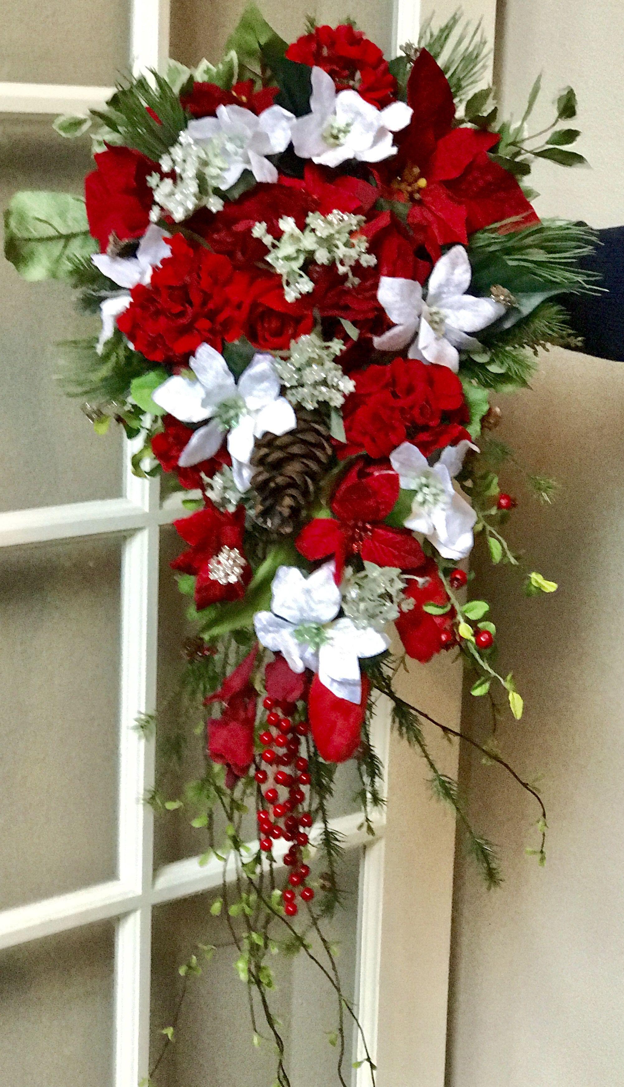 Aiyanna S Bouquet With Her Velvet White Poinsettias Winter