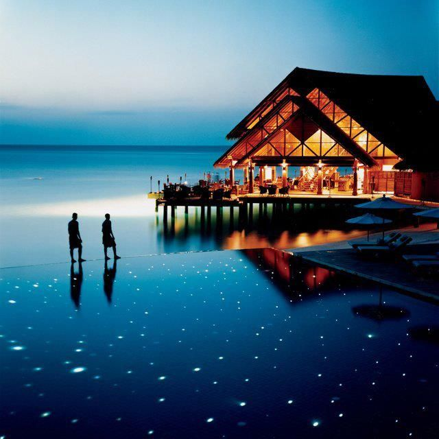 馬爾地夫 - 安娜塔拉度假村, 星空泳池。