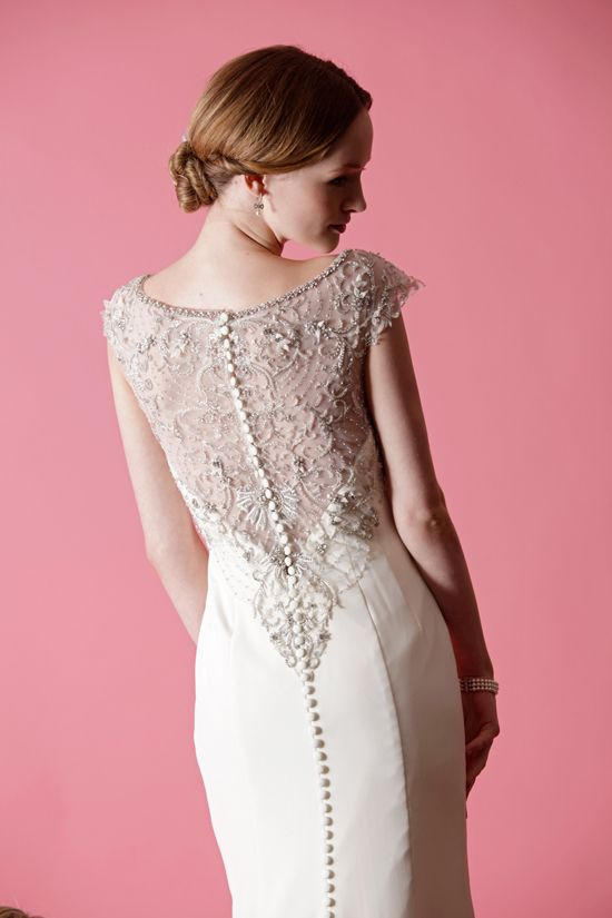 Hello beautiful back! Buttons, lace, and a little sparkle. Badgley Mischka Spring 2013.