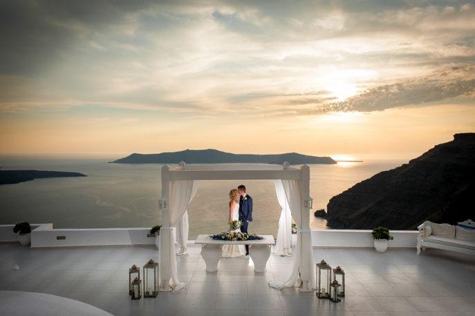 A Dream Come True | Chickaira and Stephen's wedding in Santorini