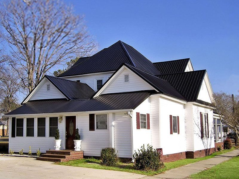 Best White Exterior With Black Metal Roof House Colors In 400 x 300