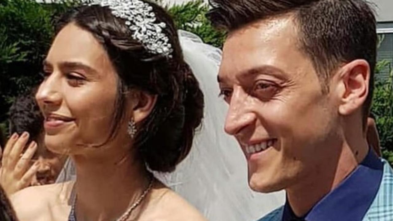 Mesut Ozil Und Amine Gulse Traum Hochzeit Mit Trauzeuge Erdogan Trauzeuge Heiraten Hochzeit