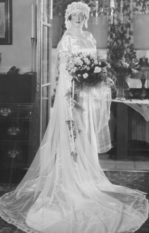A 1930 wedding portrait of Mrs. Robert J. Fleming Jr. by the Brown ...