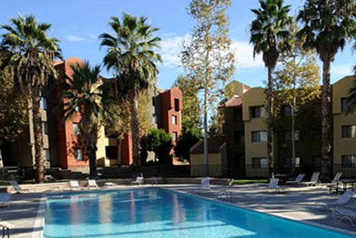 Check out CSUN housing | Campus Services | California state ...