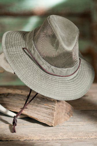 9ce5206ad4c Mesh safari hat