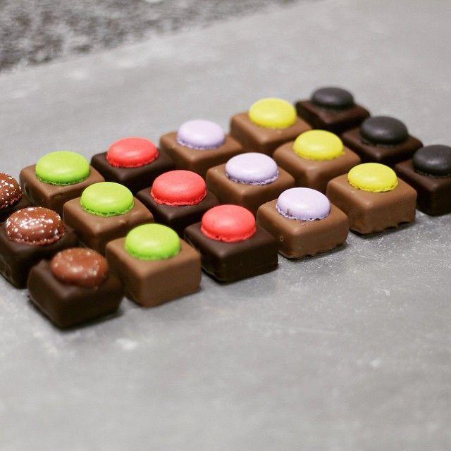 Robyn Curnow: Death by Chocolate Macarons