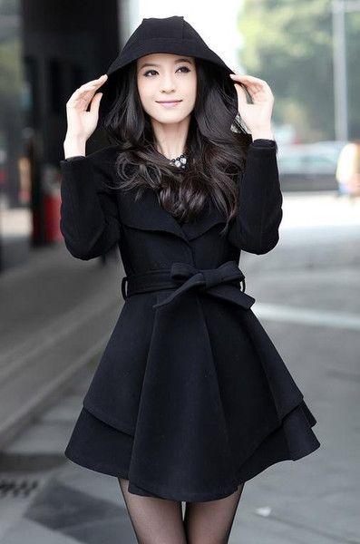 100% authentic 48123 7dca8 Varie - Carino grande cappotto abito svasato con nero Hood ...