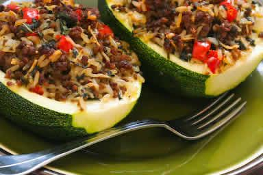 Zucchini Stuffed with Brown Rice,Ground Beef,Red Pepper,and Basil