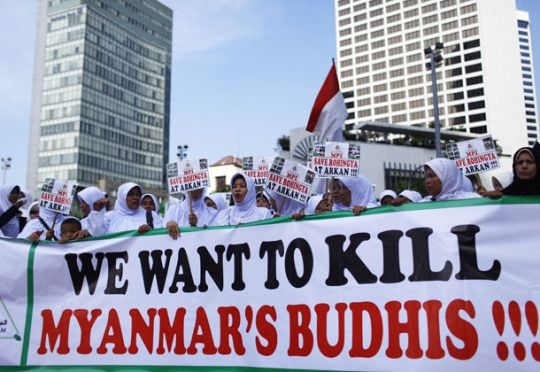 Who is Right? The Muslim Rohingya or the Buddhist Myanmar? by Tarig Anter