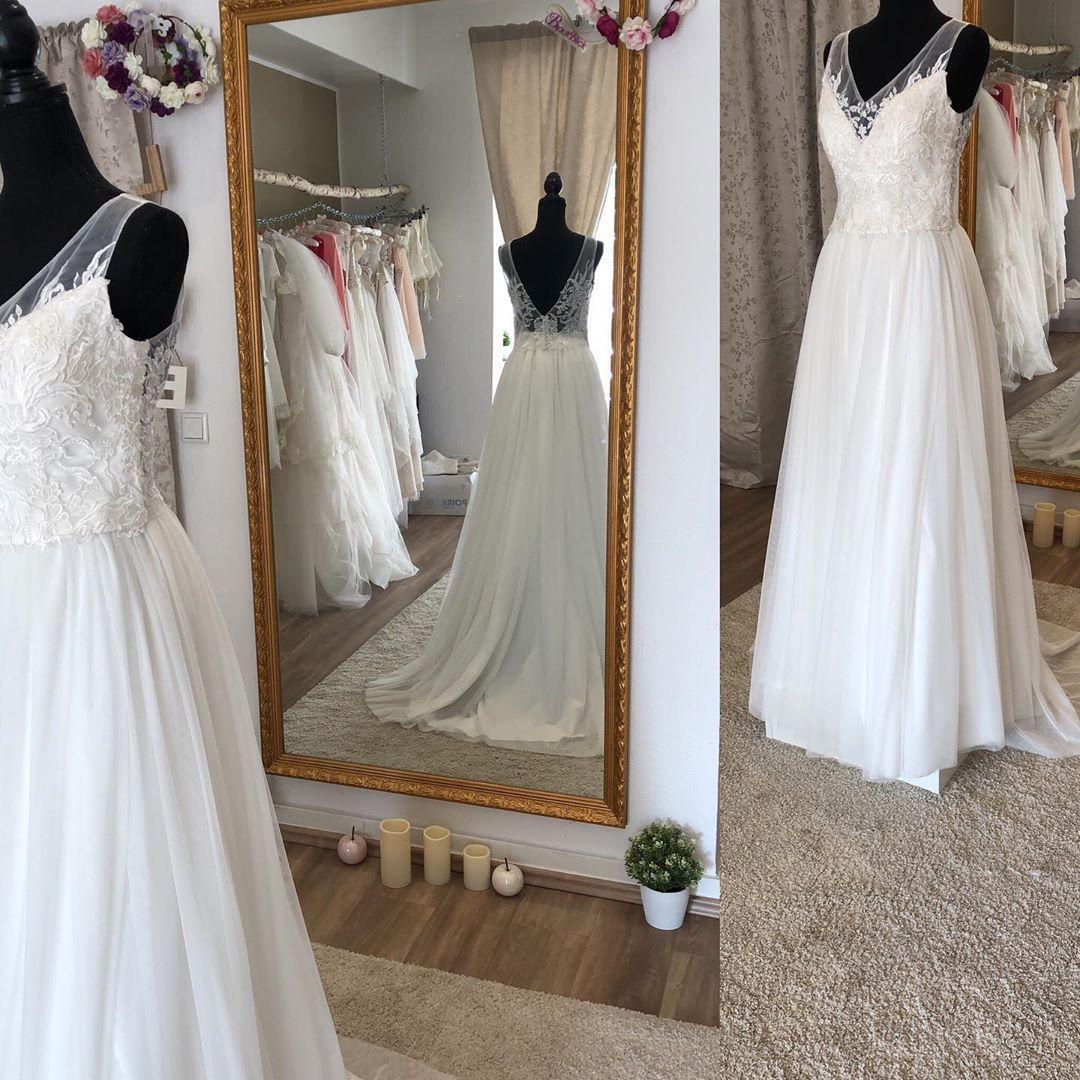 Wunderschönes 13 Teiler Kleid kann kombiniert werde in 130130