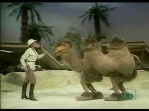 """Helen Reddy, """"We'll Sing in the Sunshine"""" (The Muppet Show"""