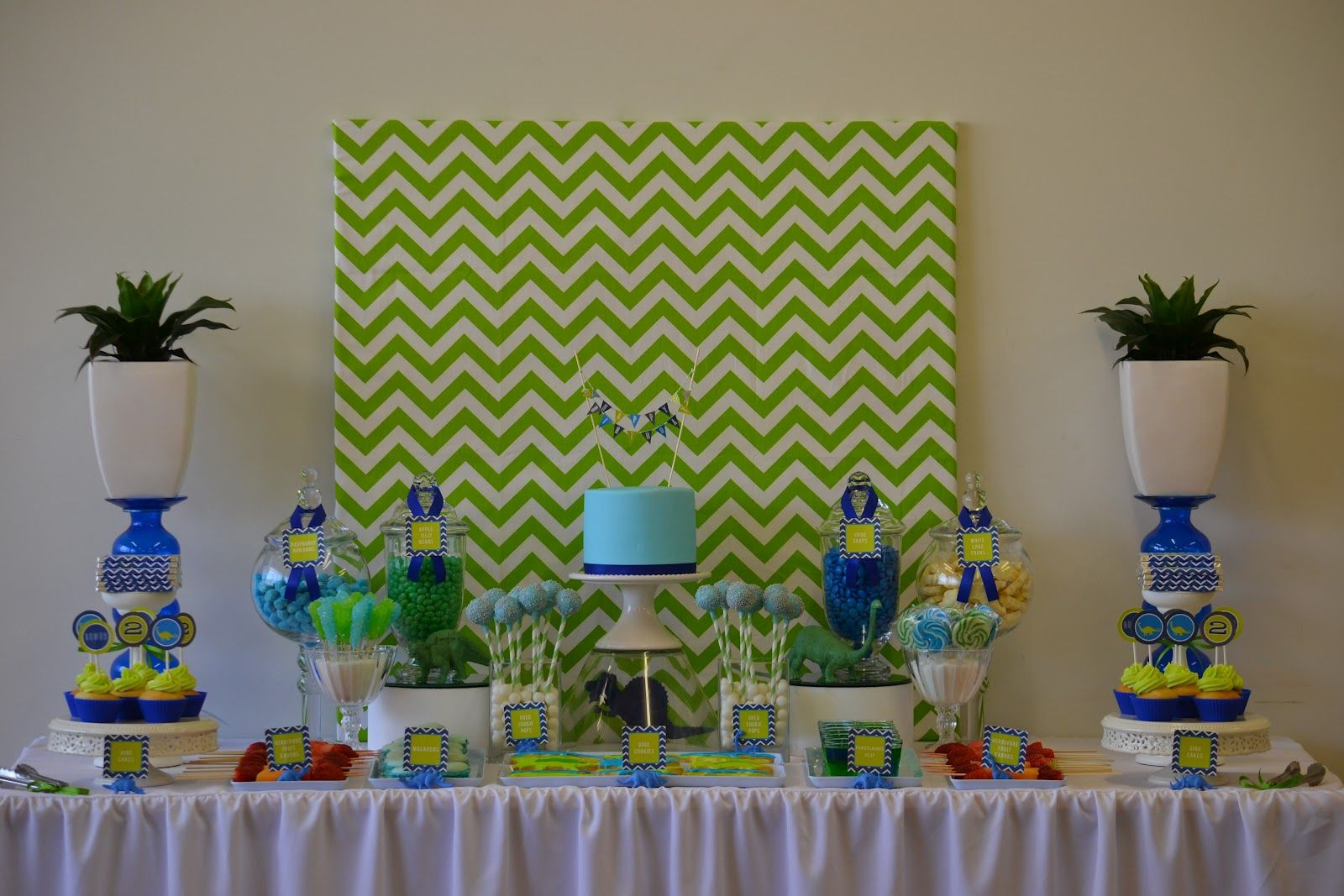 Little Big Company The Blog A Super cute Dinosaur Party by Kristy