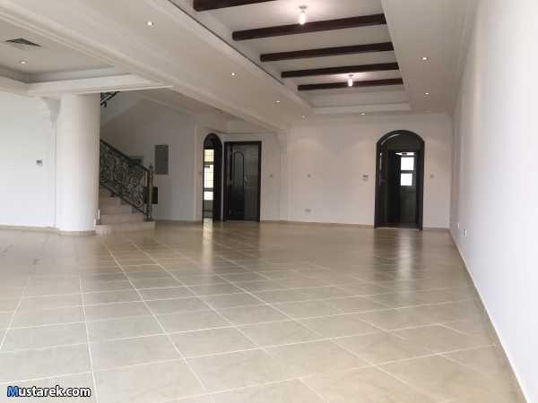 للأيجار في مدينة خليفة أ فلا مدخل خاااص فلا مكونة من 5 غرف نوم كل غرفة