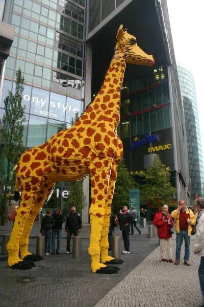 Berlin & Lego Giraffe, photo by Minaz Jantz
