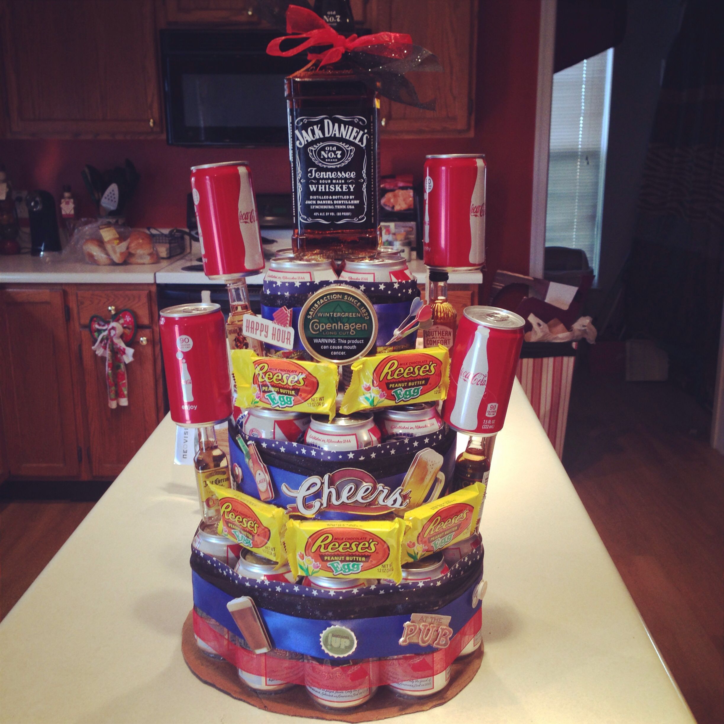 PBR Beer Cake For My Boyfriends 21st! DIY Birthday Cake