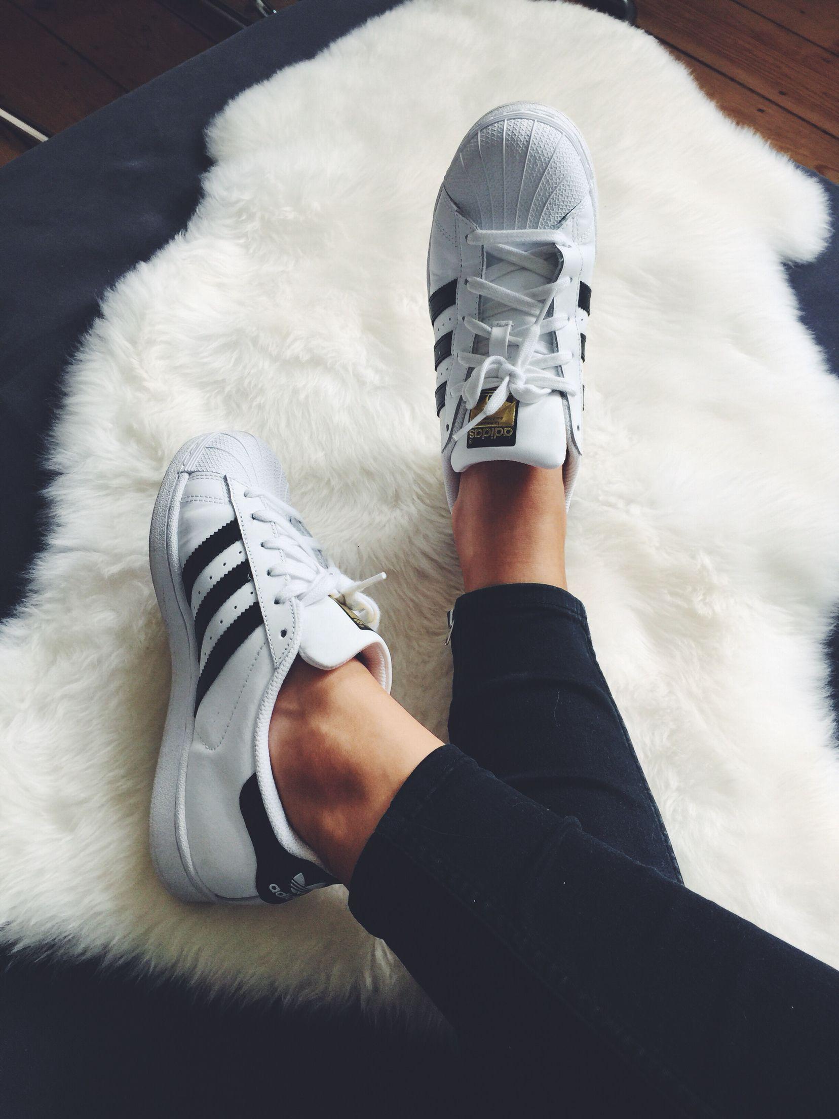 Fishnet socks with Adidas Superstar Sneakers Insagram