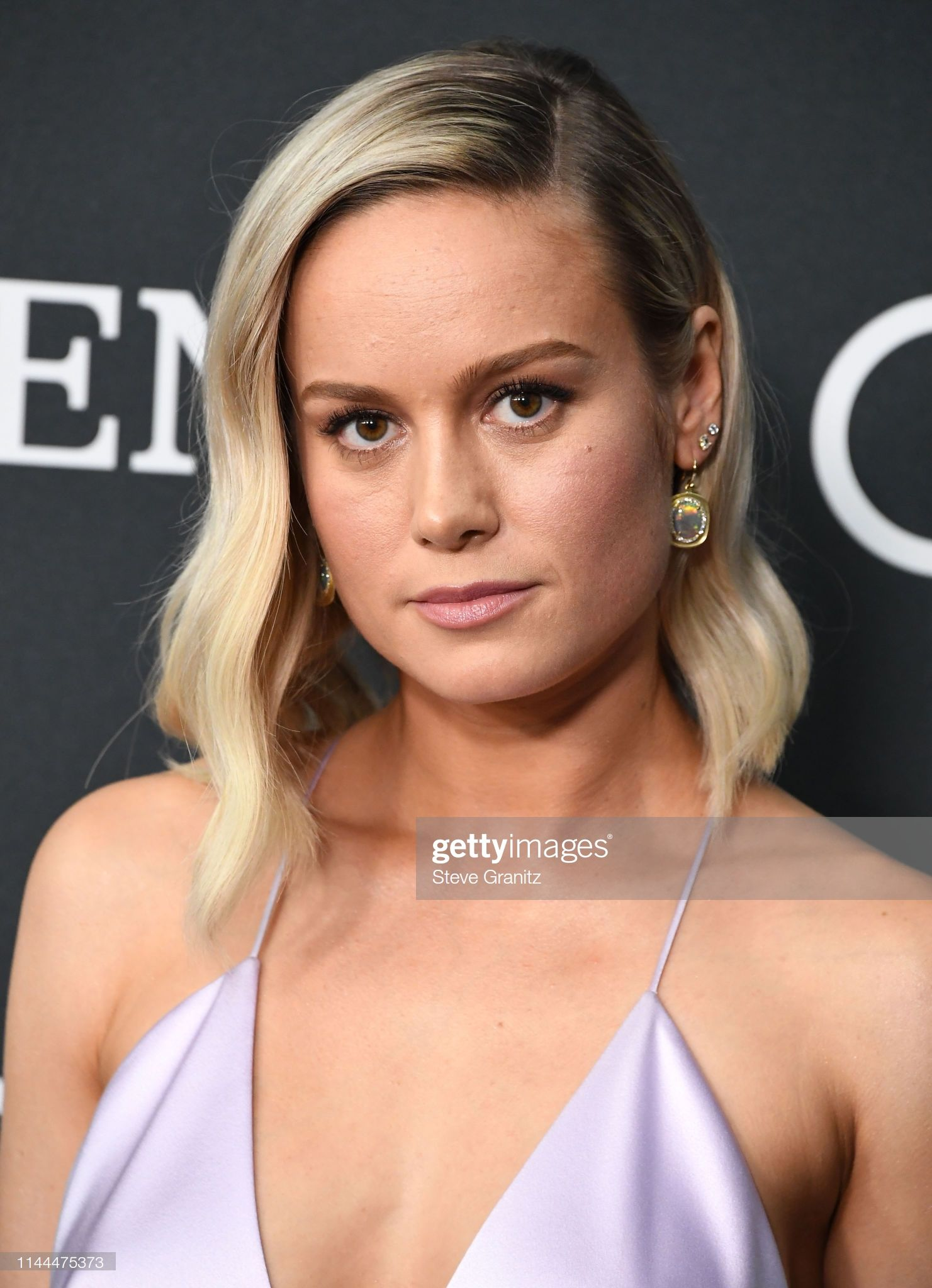 Pin By Madi On Brie Larson In 2020 Celebrity Haircuts Brie Larson Medium Length Hair Styles