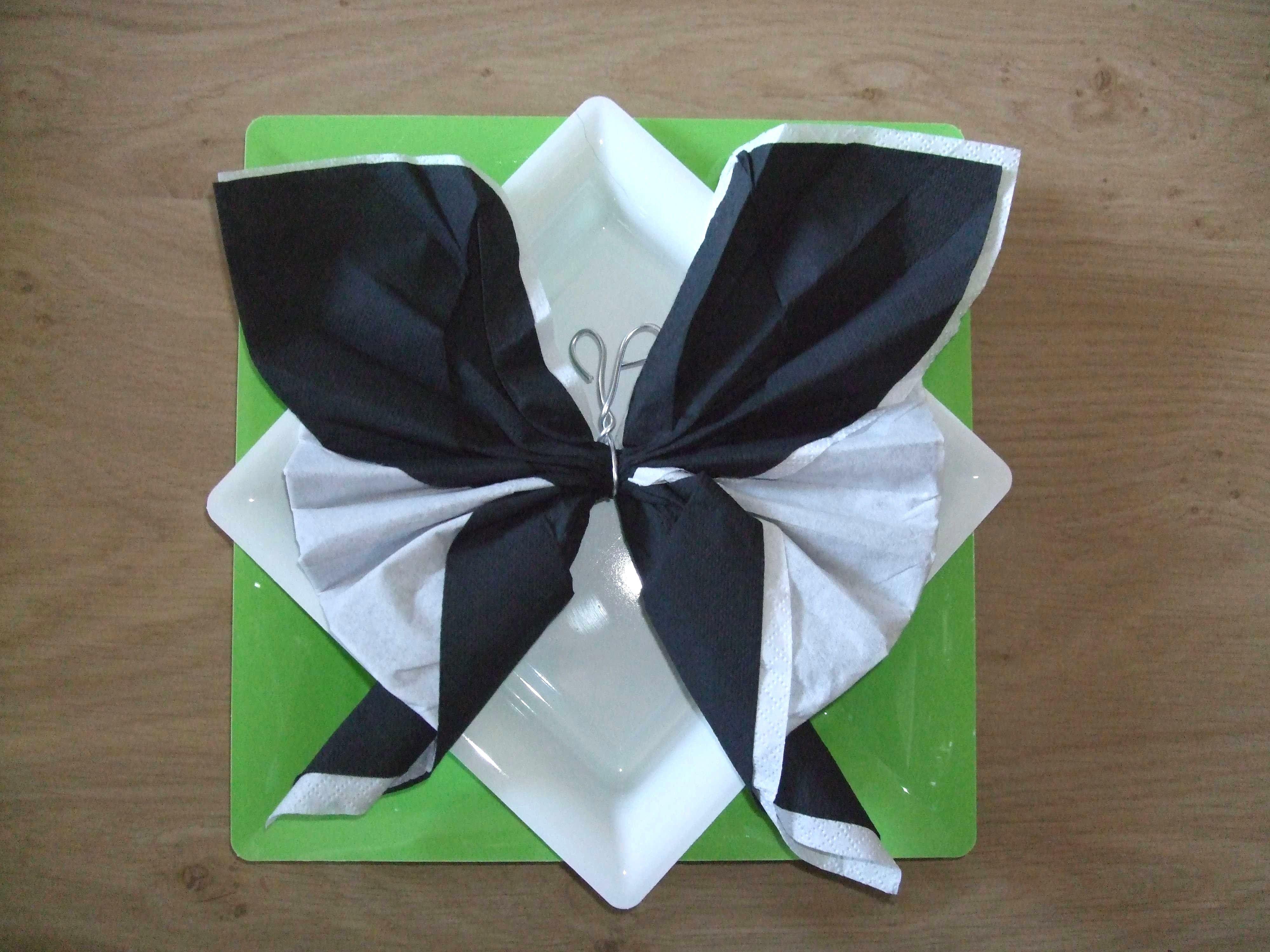 Epingle Par Jelly Boom Sur Theme Nature Nouvel An En 2020 Pliage Serviette Papillon Pliage Serviette Pliage Serviette Papier