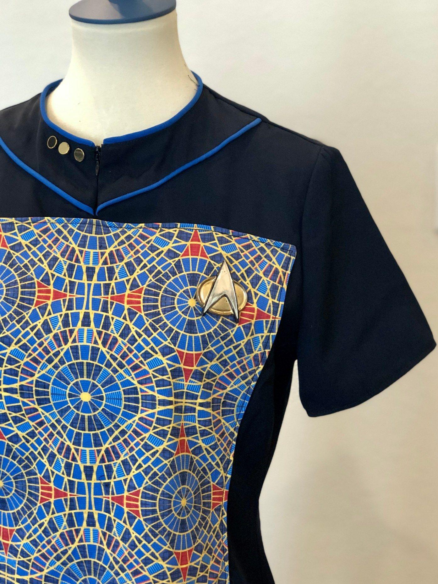 Deanna Troi From Star Trek Tng But Make It Dragoncon Marriott Carpet In 2020 Deanna Troi Dragoncon Costumes