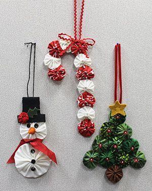 Christmas Ornaments Using Yo Yos Crafts Pinterest Navidad - Adornos-de-navidad-con-tela