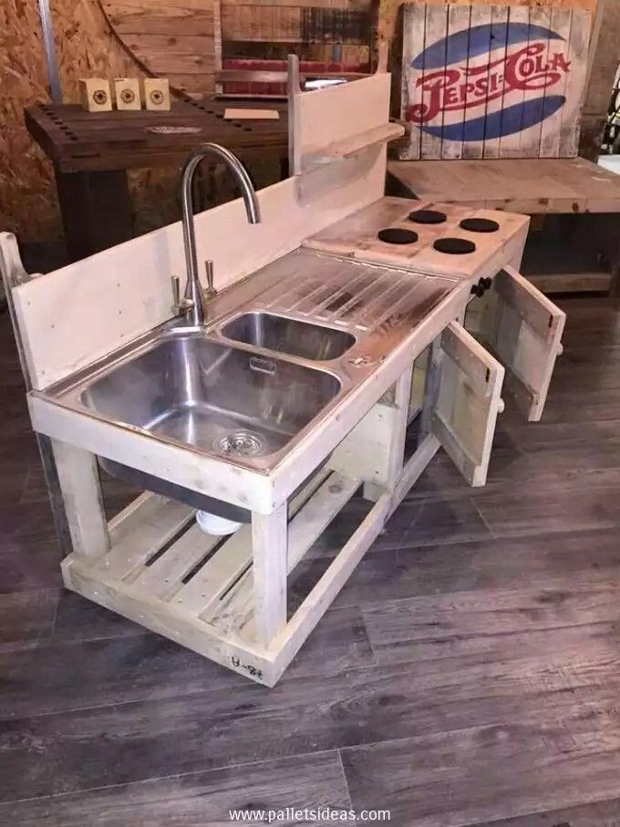 Pallet kids kitchen pallet projects for kids pinterest for Muebles de oficina kennedy