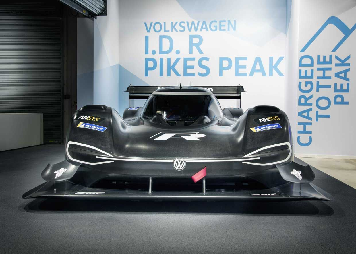 Vw I D R Pikes Peak Racer Packs 680 Electric Horses Volkswagen Vw Motorsport Super Cars
