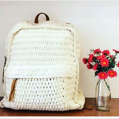 Tienda zapatos para correr mirada detallada Mochila de crochê @dressto ❣ #mochila #crochet #verao17 ...