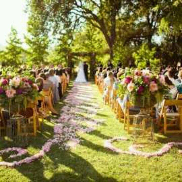 Outdoor Wedding, Aisle Flowers, Outdoor Ceremony