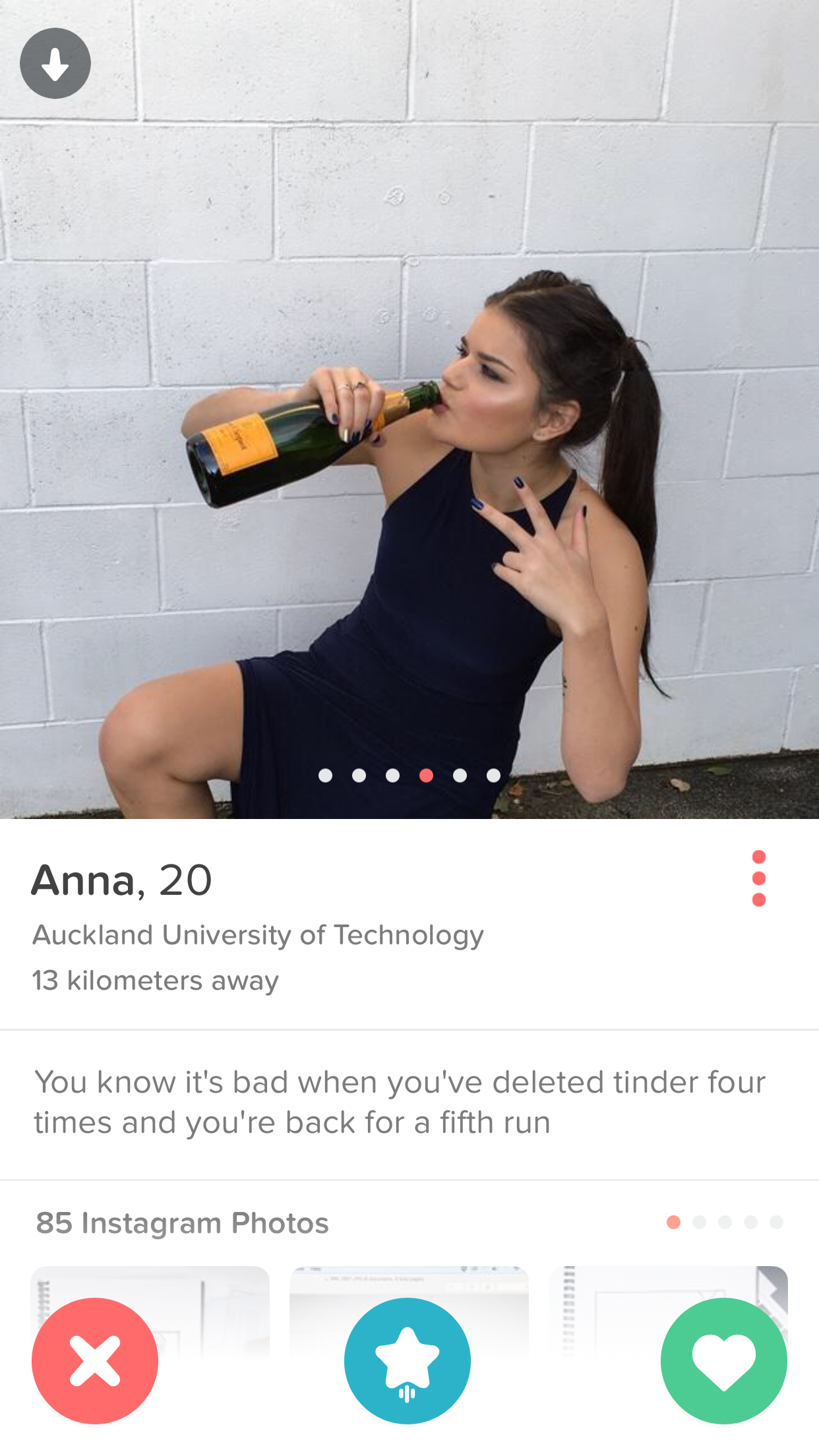 Pin By Anna Fr On Tinders Hissing Tinder Humor Tinder Quotes Tinder Bio