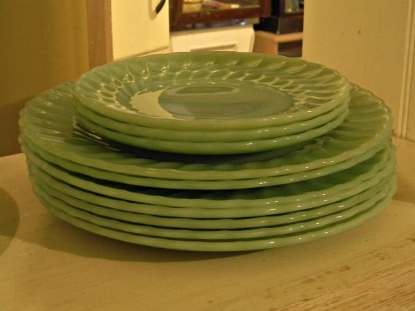 Cathouse Antiques - Jadite Plates