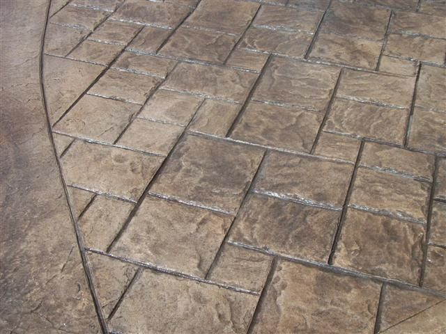 Stamped Concrete Driveway With 18 Quot Ashlar Slate 1