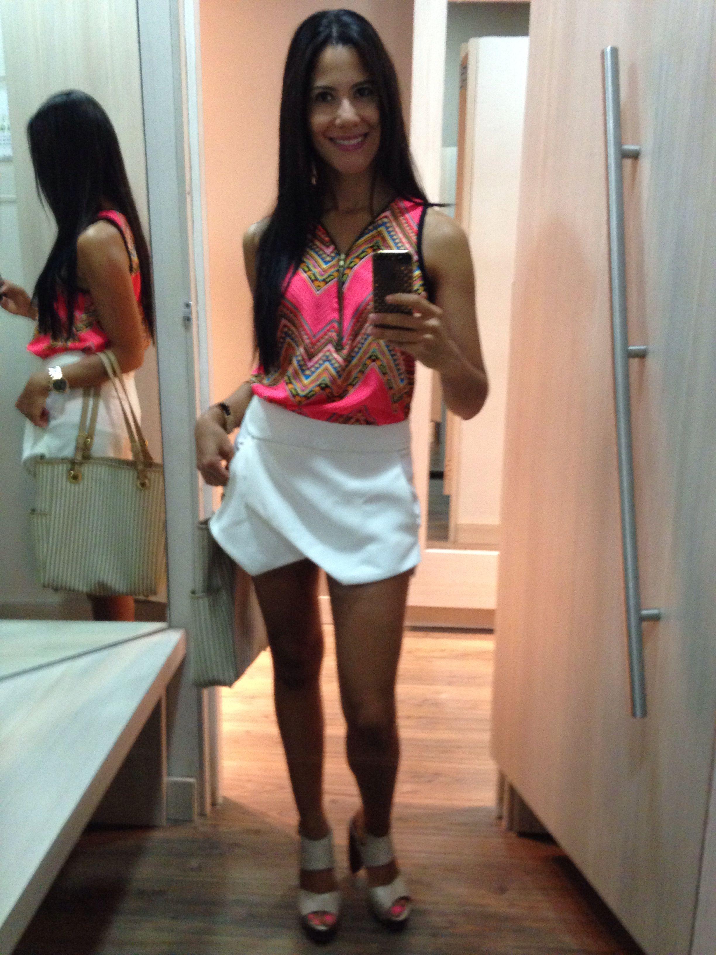 Blusa neon Short blanco
