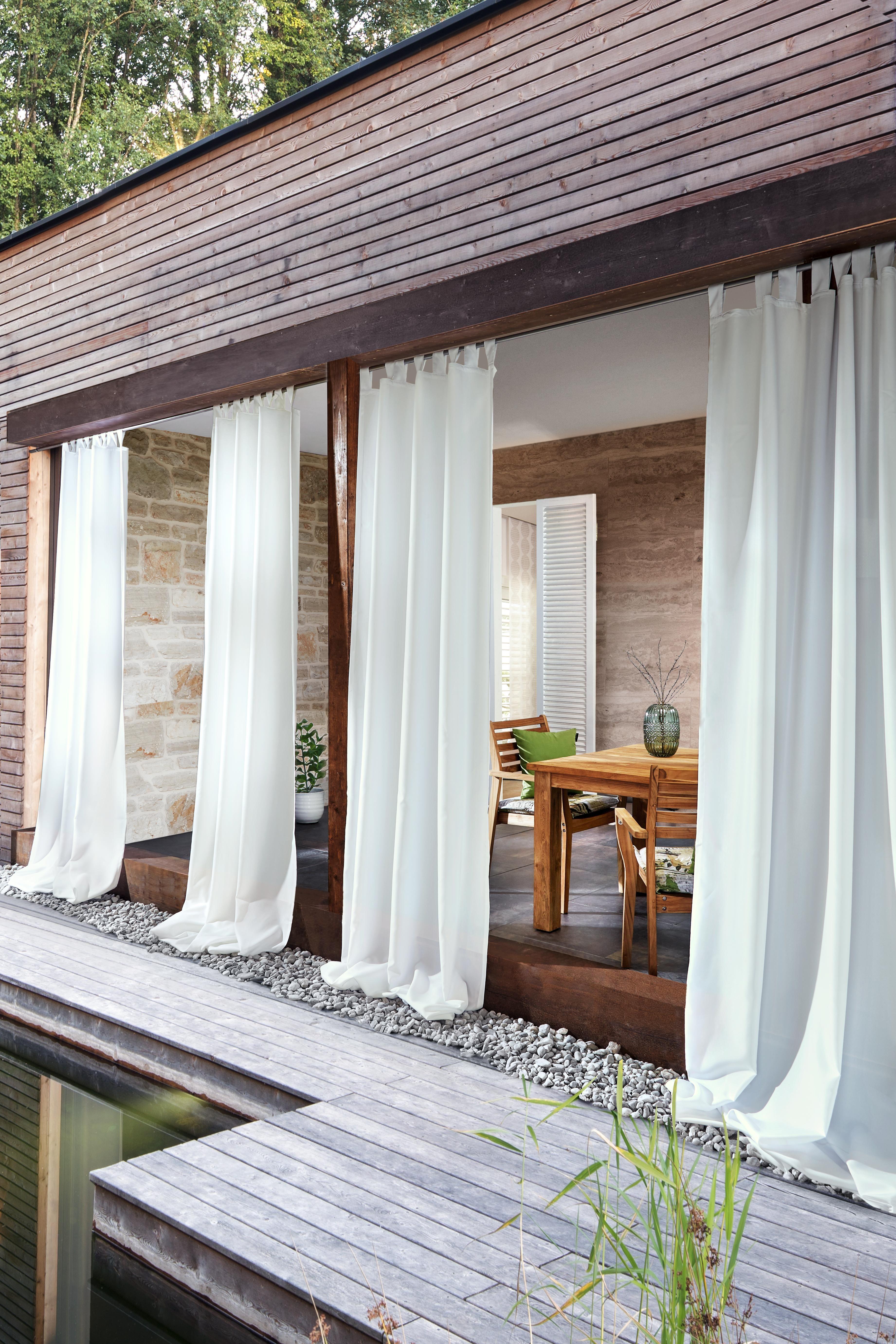 Weisse Vorhange Fur Den Garten Blickdichte Outdoor Vorhange Outdoor Vorhange Terrassen Jalousien Aussenterasse