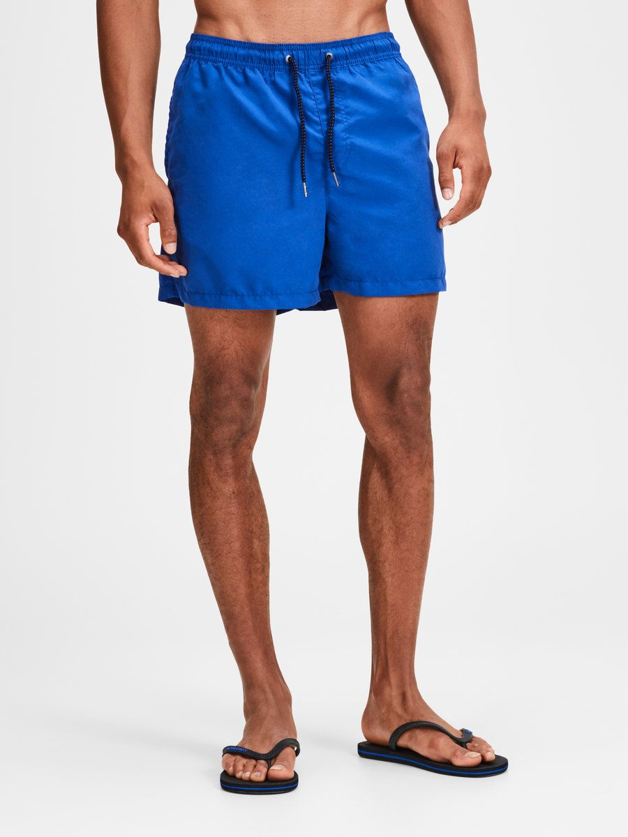 faebfdc7cd Regular fit swim shorts | Two side pockets | Drawstrings for optimized  fitting | The model