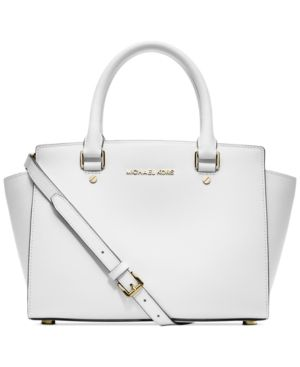 8f74b1d30b84 Michael Kors Selma Purse- Macys. Friends and Family sale happening 12/4/13- 12/9/13 !! 25% off everything! Use code- FRIEND