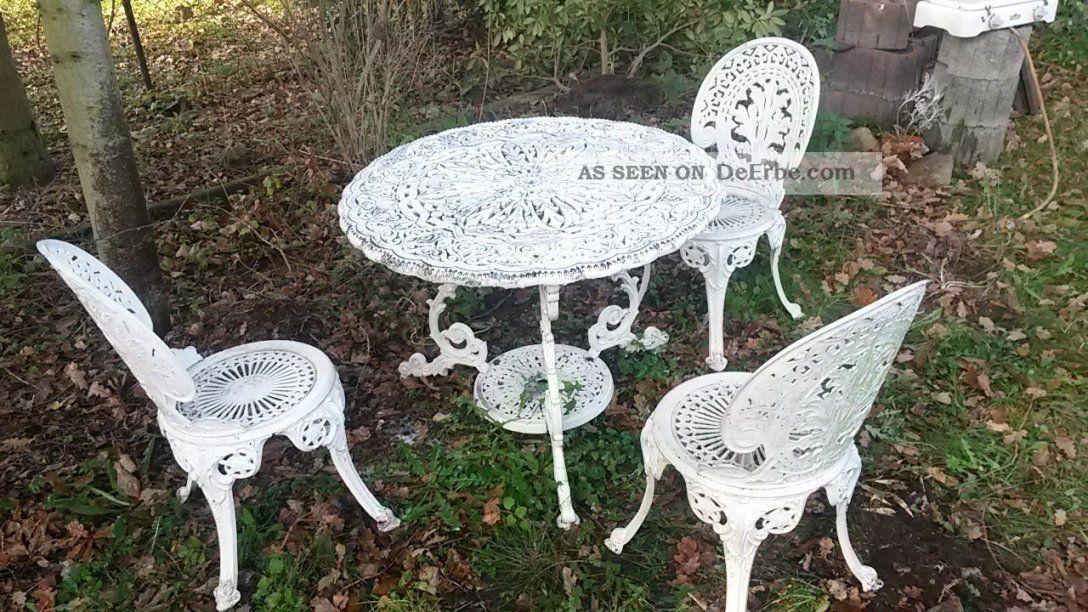 Gartenmobel Aus Eisen In 2021 Farbabstimmung Antike Sessel Beste Gartenmobel