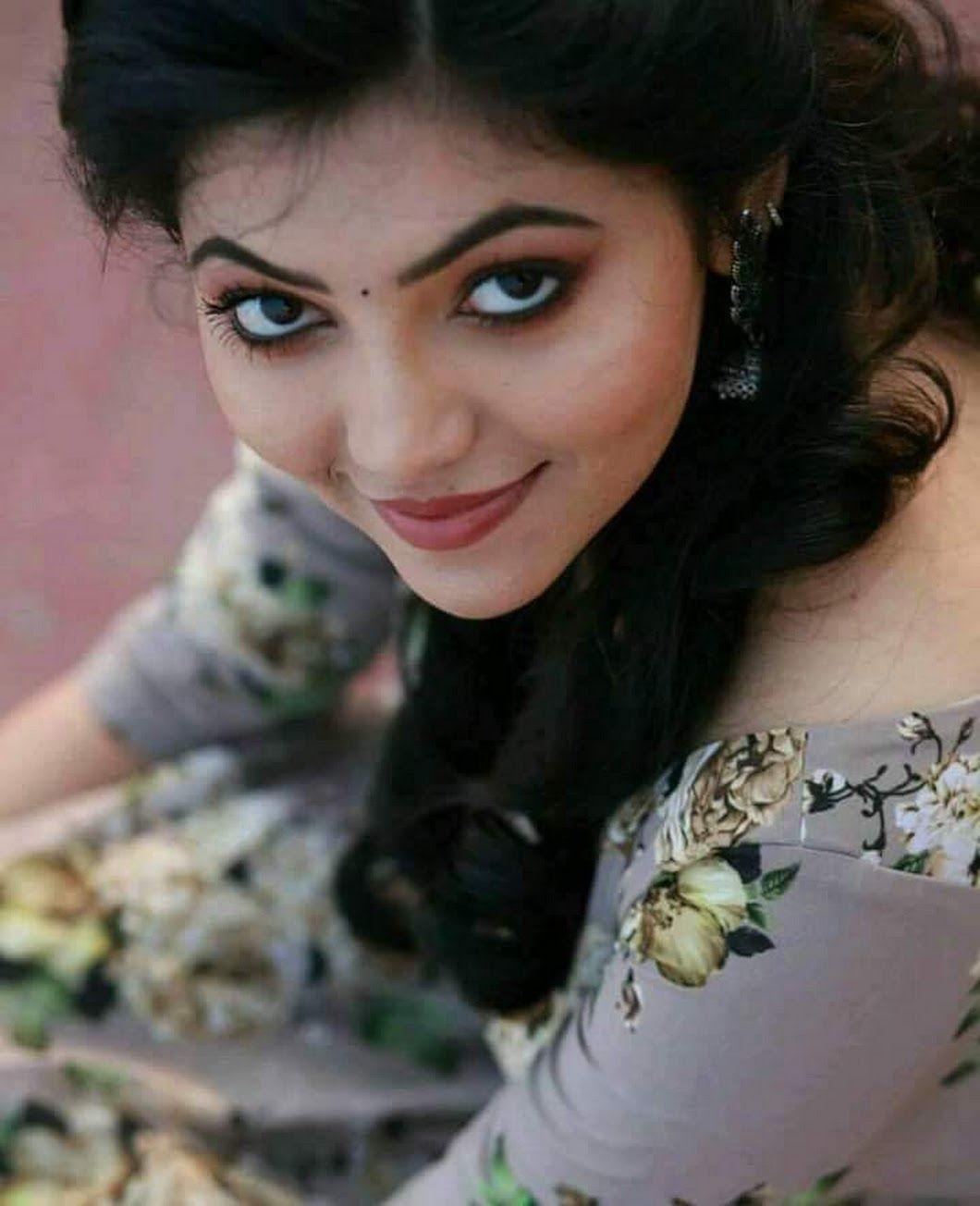 Black Eye N Black Liner Beautiful Girl Face Beauty Girl