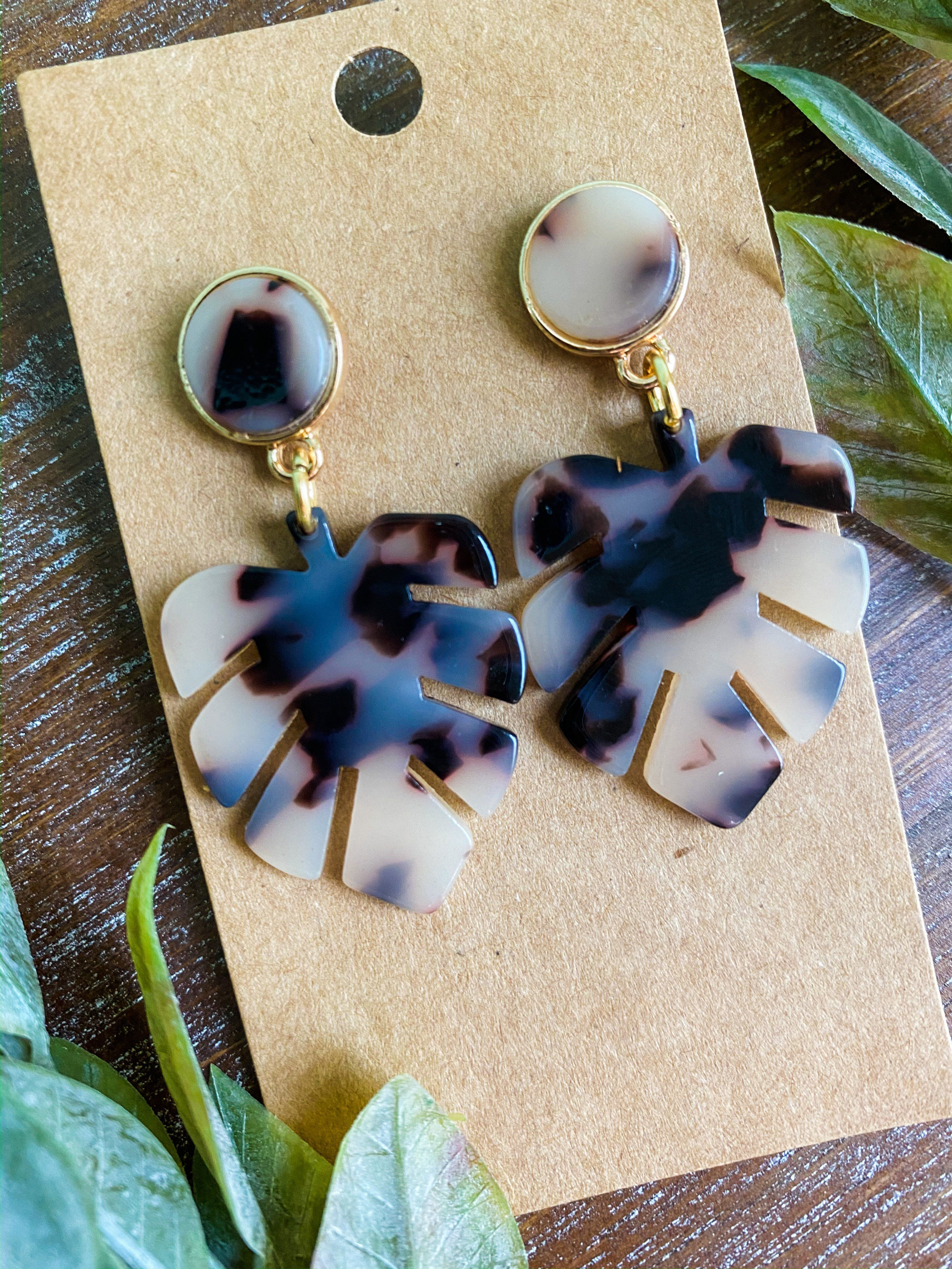Tortoise Shell Leaf Resin Earrings,  #Earrings #Leaf #Resin , These tortoise earrings are att…