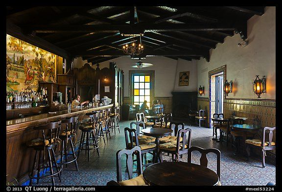 bar andaluz riviera del pacifico ensenada baja california mexico bars and restaurants. Black Bedroom Furniture Sets. Home Design Ideas