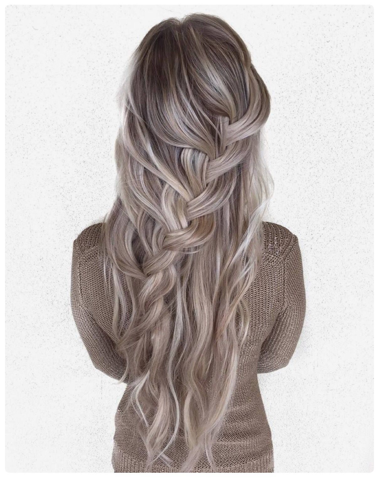Beautiful blonde and silver hair hair pinterest vlasy Účes a