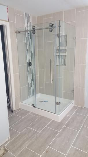 Vigo Winslow 48 125 In X 79 875 In Frameless Bypass Shower Enclosure In Chrome With Clear Glass And Right Base Vg6051chcl48wr The Home Depot Tub Shower Doors Shower Enclosure Bathroom Remodel Shower