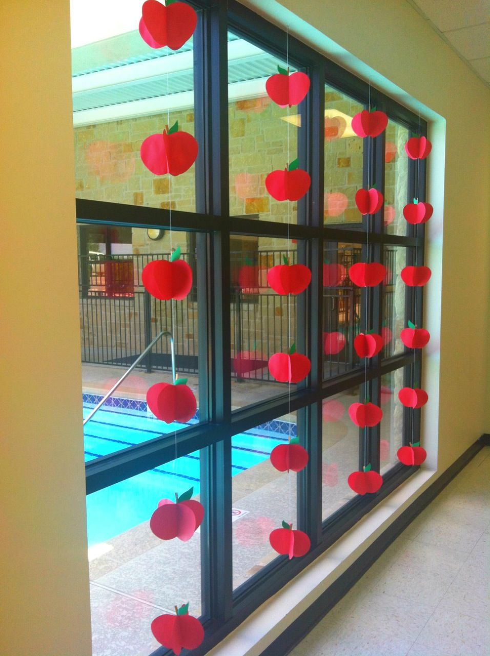 Back to school apple window display school decor for Back to school decoration ideas
