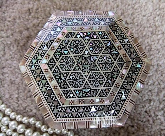 Wooden Jewelry Hexagonal Box  Inlaid with Mother Of Pearl