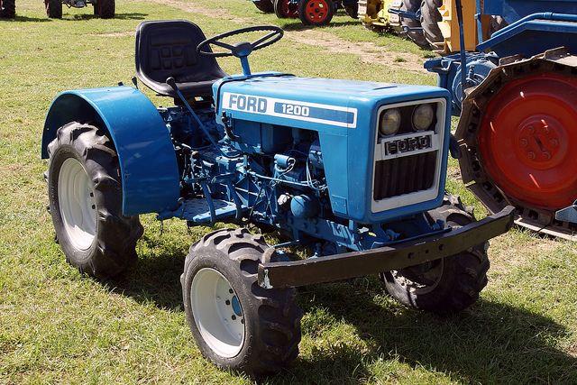 Ford 1200 Tractor Tractors Ford Tractors Compact Tractors