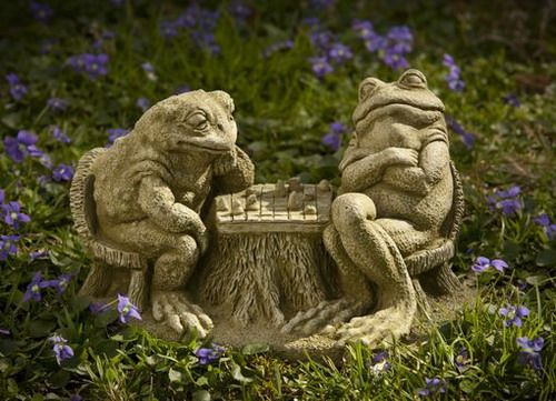 Checkmate cast stone Frog statue made by Campania International