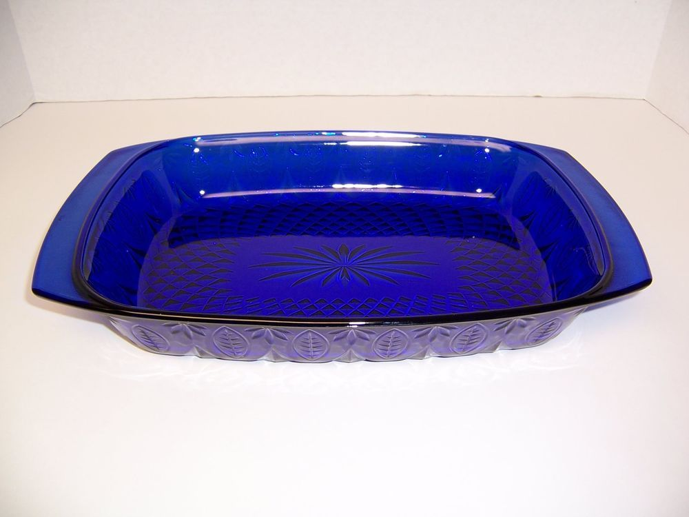 """Avon """"Royal Sapphire"""" Cobalt Blue Glass Baker Baking Dish (13.5"""") Arcoroc France #AvonMadeinFrancebyArcoroc"""
